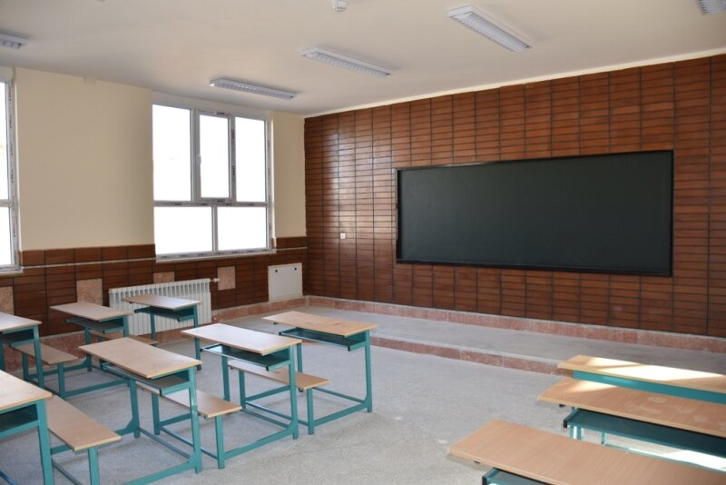 Tehran short of 12,000 classrooms