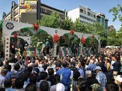 تشييع رفات 150 شهيدا من شهداء الدفاع المقدس في طهران/صور