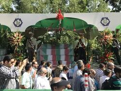 تہران میں دفاع مقدس کے 150 شہیدوں کی تشییع جنازہ کا آغاز
