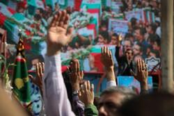 مراسم تشییع پیکرهای مطهر ۱۵۰ شهید تازه تفحص شده دفاع مقدس (۴)
