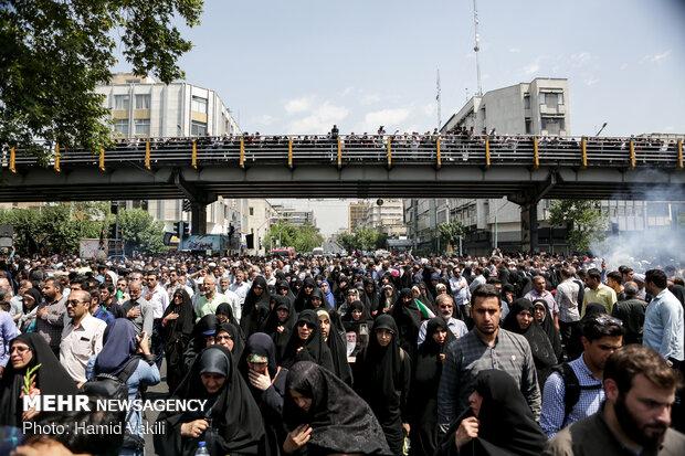 مراسم تشییع پیکرهای مطهر ۱۵۰ شهید تازه تفحص شده دفاع مقدس(۱)