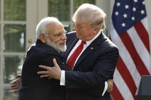 امریکی صدر ڈونلڈ ٹرمپ بھارت پہنچ گئے