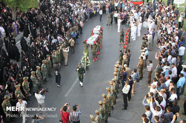 مراسم تشییع پیکر پاک ۲شهید گمنام در بندرعباس