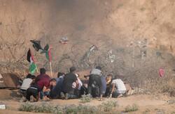 استشهاد فتى فلسطيني وإصابة 3 آخرين جنوب غزة