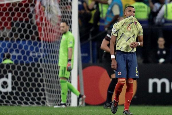 کلمبیا مقابل شیلی باخت و حذف شد/ VAR هم به داد کیروش نرسید!