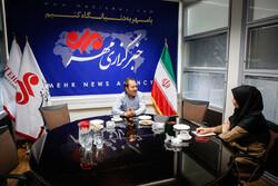 نگاه بالا به پایین رسانههای ایرانی به مهاجران/ «خونشریک» یک باوریم!