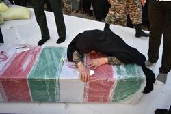 مراسم تشییع و تدفین دو شهید گمنام در شهر تیرور
