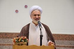 ضرورت توجه روحانیان به بیانیه گام دوم انقلاب/ جوانان محور بیانات رهبری