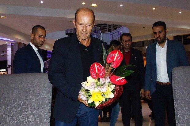 Gabriel Calderon signs as new head coach of Persepolis
