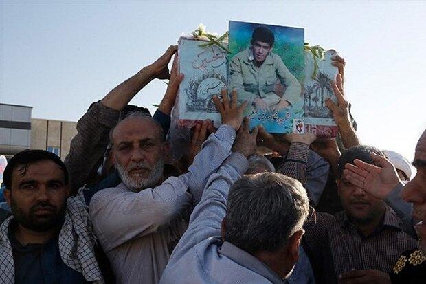 پیکر شهید «غلامرضا سلیمی» وارد بوشهر شد/ پایانی بر دوری ۳۱ ساله