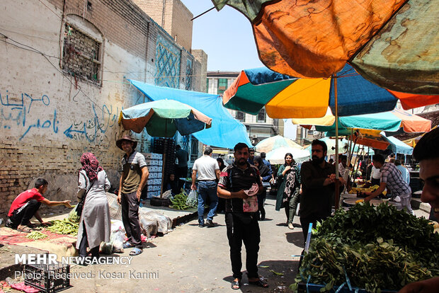 Businesses in sweltering weather of SW Iran