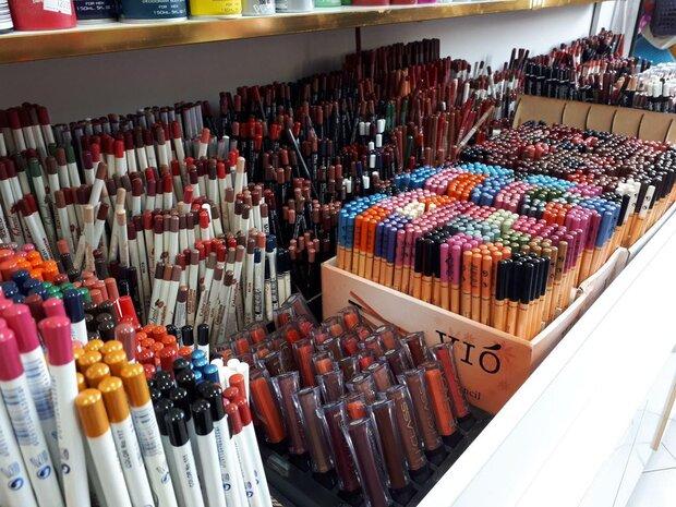 عوارض محصولات آرایشی قاچاق/فریب خریدهای اینترنتی را نخورید