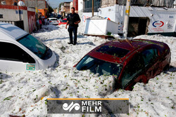 VIDEO: Mexico's Guadalajara covered in 1.5m of hail