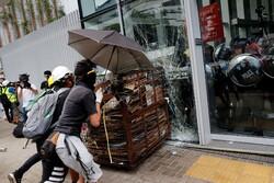 رئیس اجرایی هنگ کنگ معترضان را به تلاش برای براندازی متهم کرد