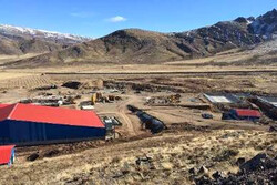 معدن قابل تحریم نیست/۷ درصد ذخایر معدنی دنیا در ایران
