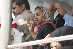 إلقاء الورود في ذكرى الهجمة الإرهابية الامريكية على خليج فارس /صور