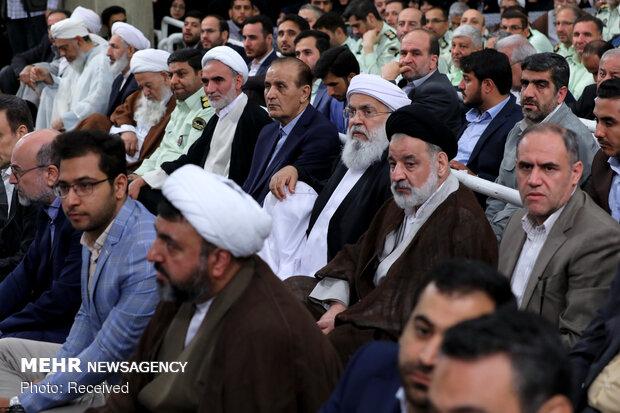 لقاء المعنيين بشؤون الحج بقائد الثورة الإسلامية