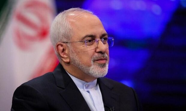 Hawks around Trump won't succeed in selling war: Zarif
