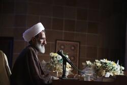 دشمن به دنبال ایجاد تفرقه در جهان اسلام است