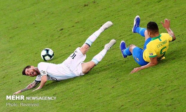 دیدار تیم های ملی فوتبال برزیل و آرژانتین