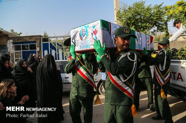 تشییع پیکر شهید اکبر مهدیزاده بعد از 34 سال