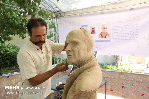 الملتقى الثاني لصناعة تماثيل الشخصيات البارزة الايرانية