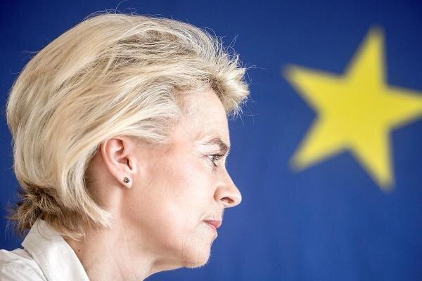 رئیس جدید کمیسیون اروپا با بدرقه نظامی به بروکسل می رود