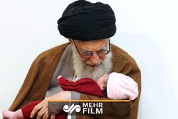 Pakistanlı miniklerden İran Devrim Lideri'ne büyük destek