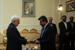 New Afghan envoy meets Zarif to present his credentials