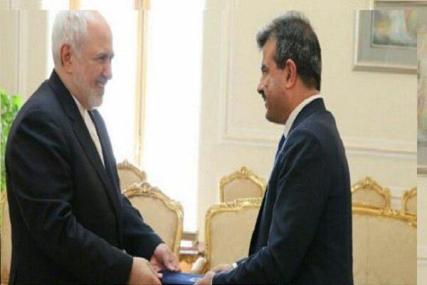 ظريف يستقبل السفير الافغاني الجديد لدى ايران