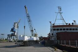 VIDEO: Ships at Astara port blare horns to honor efforts of Iran's medical staff under coronavirus outbreak