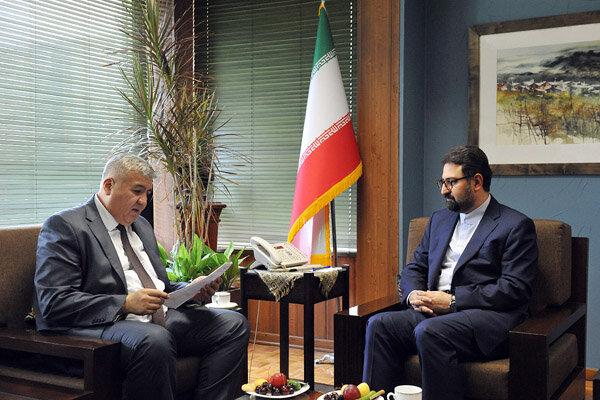 درخواست سفیر ازبکستان برای بازنویسی صفحهای از قرآن بایسنقری