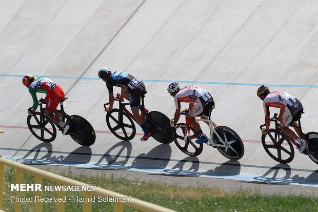 احمدی: ترکیب تیم اعزامی به کره جوان است/ رکابزنان شانس مدال دارند