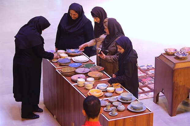 2,000 pieces of pottery on show at Tehran exhibit