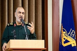 US' lack of strategy leading to its gradual death: IRGC cmdr.