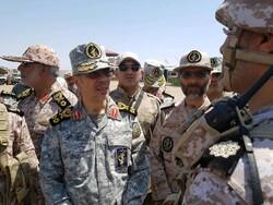 İran Genelkurmay Başkanı'ndan Afganistan sınırına sürpriz ziyaret