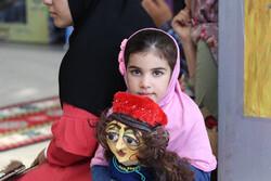 گشتی در بزم کارتونها و عروسکها/ روز اول جشن استانی سیما چگونه گذشت؟