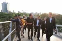 تصاویری از حضور سرمربی بلژیکی تیم ملی فوتبال ایران در پل طبیعت
