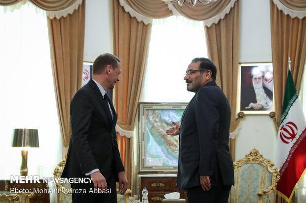 دیدار مشاور دیپلماتیک مکرون با دبیر شواری عالی امنیت ملی