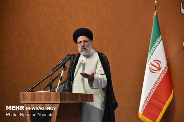 اجرای عدالت هدف نهایی حکومت اسلامی/عدالت اداری در راس امور است