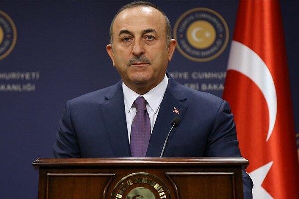 ترک وزیر خارجہ کا فرانسیسی صدر پر دہشت گرد گروہ کی حمایت کا الزام