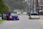 سیلاب ۱۰ هزار نفر از مردم «میشیگان» را آواره کرد