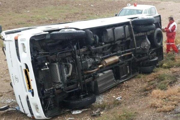 ایران میں مینی بس کے حادثے میں 11 افراد جاں بحق