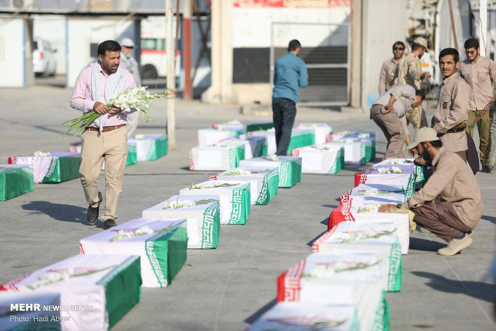 پیکر ۶۳ شهید دفاع مقدس به آغوش وطن بازگشت