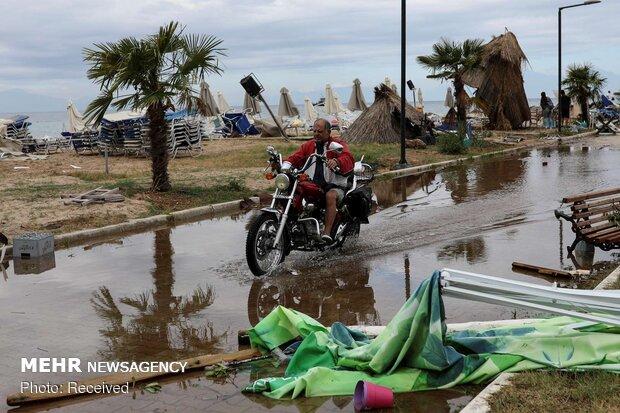 Yunanistan'da fırtına can aldı