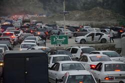 آخرین وضعیت راهها/ ترافیک نیمه سنگین در محورهای شمالی
