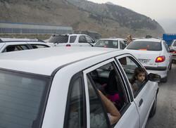 تردد روان درمحورهای شمالی/ ترافیک نیمه سنگین در آزادراه کرج_تهران