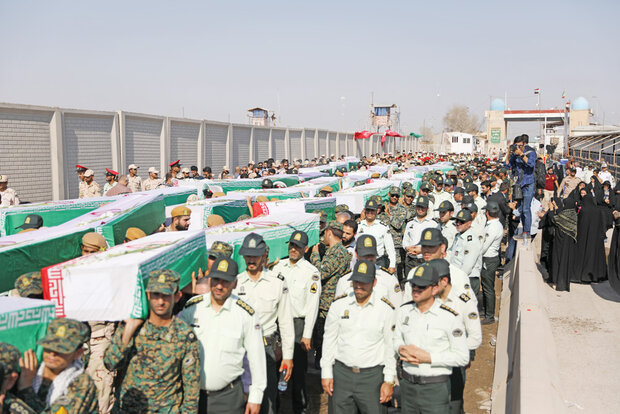 44 martyrs of sacred defense transferred to Iran via Shalamcheh border