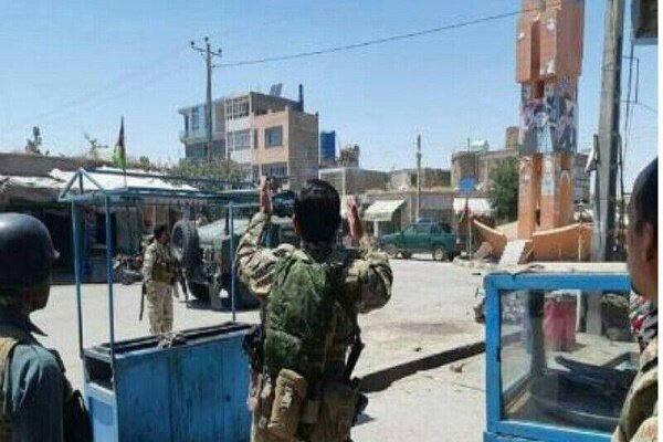 حمله انتحاری در افغانستان دست کم ۳ کشته بر جا گذاشت