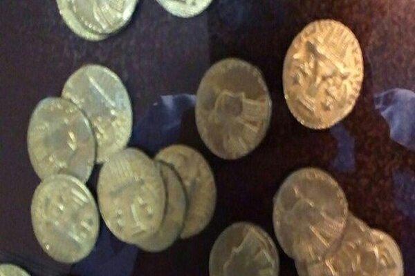 سکه های تاریخی دوران اشکانی و صفوی در بجنورد کشف شد